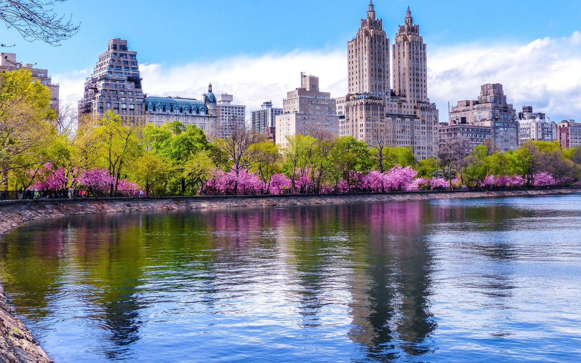 SPRING DAYS IN NEW YORK